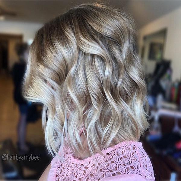Short Wavy Styles