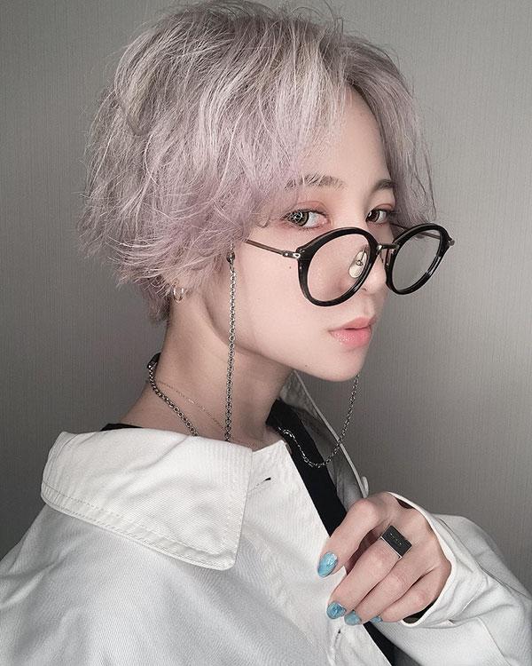 short hair styles for women 2021