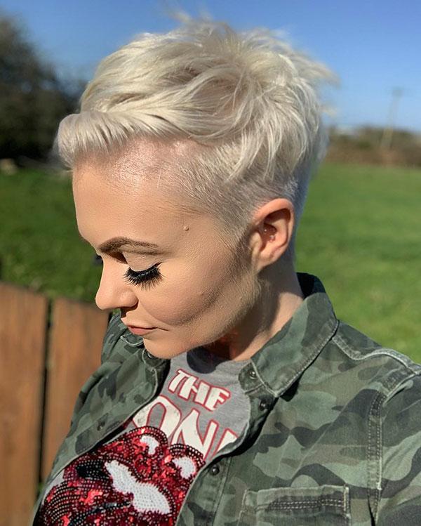 short hairstyles women 2021