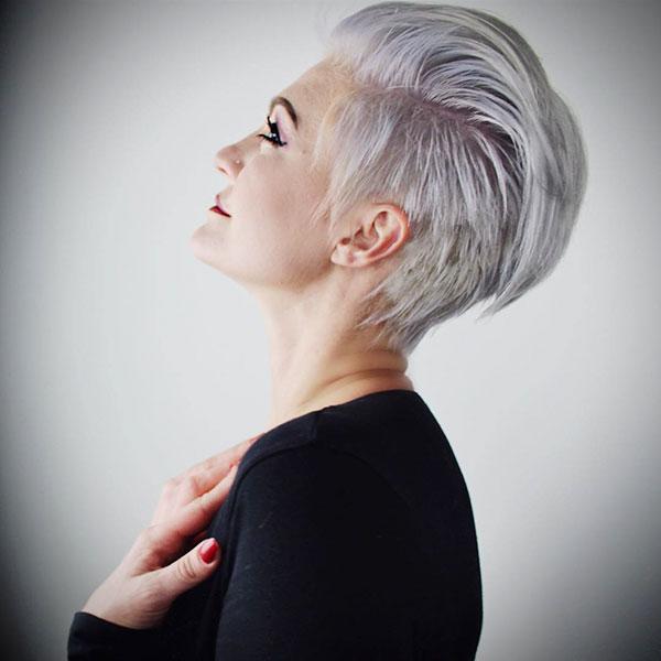 women short haircuts 2021