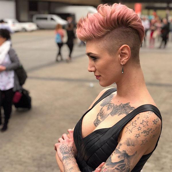 beautiful short pink hair