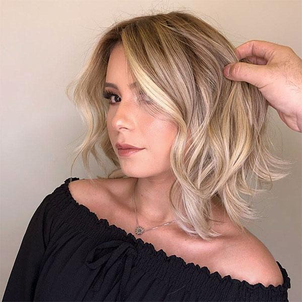 blonde hair on short hair