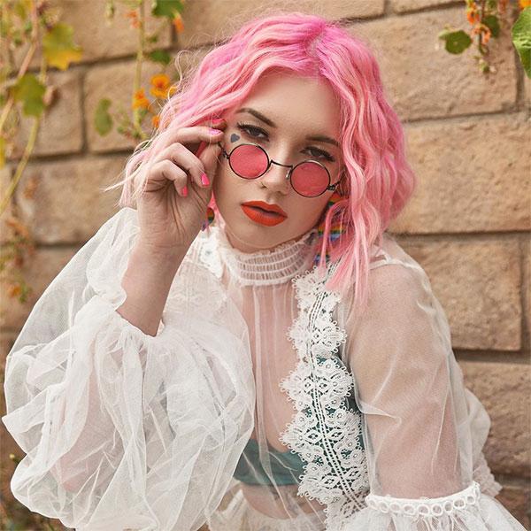 cute short pink haircuts